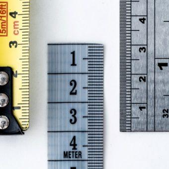 Cum să te măsori corect pentru a afla ce mărime porți