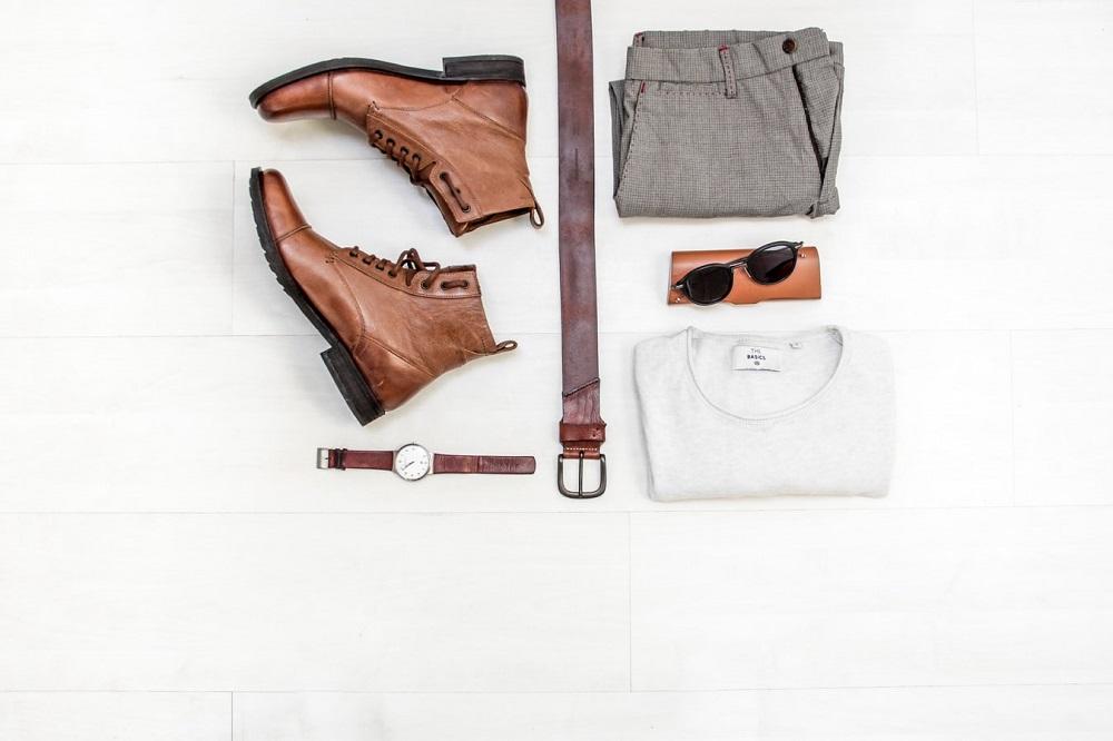 Vrei haine mereu la modă? Iată 5 idei pentru a-ți pune la punct garderoba