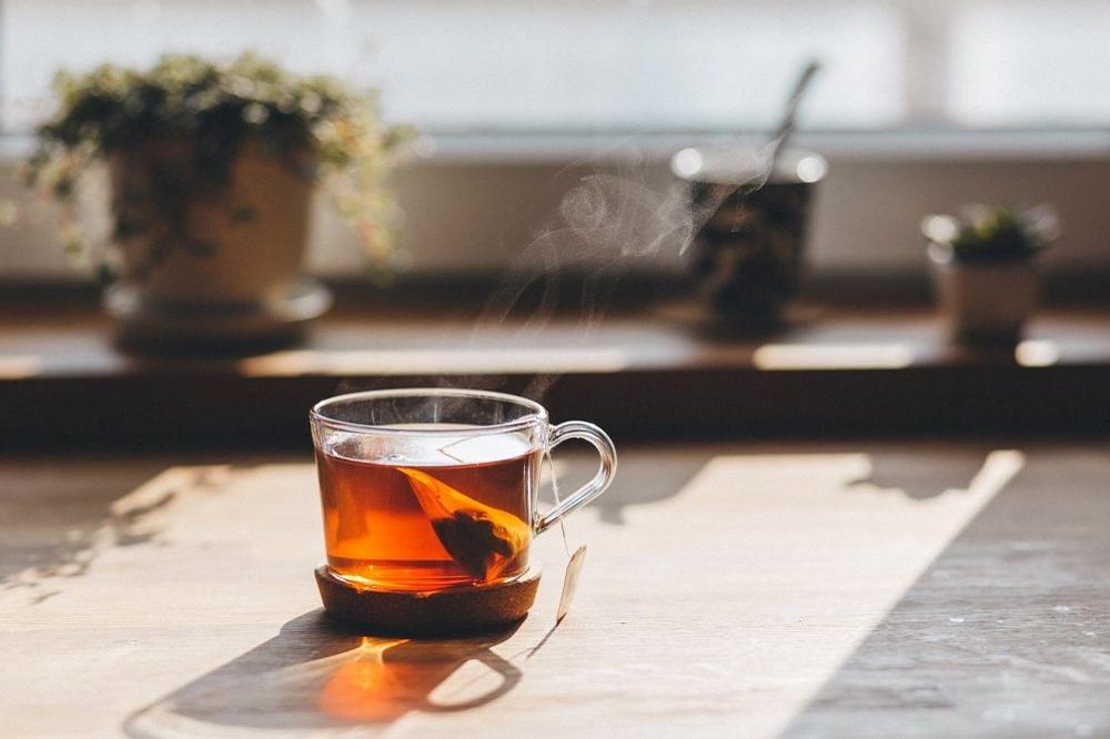 Spune-mi ce fel de ceai bei ca să îți zic ce ți se potrivește iarna aceasta