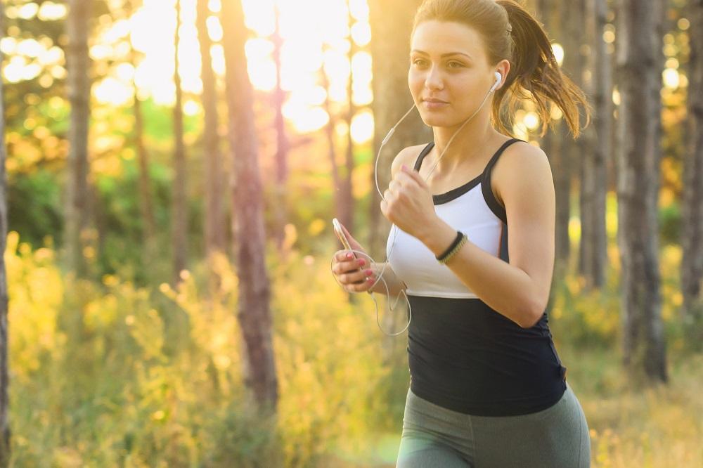De ce îmi doresc ca antrenor personal o brățară fitness Evolio X-Fit Pro?