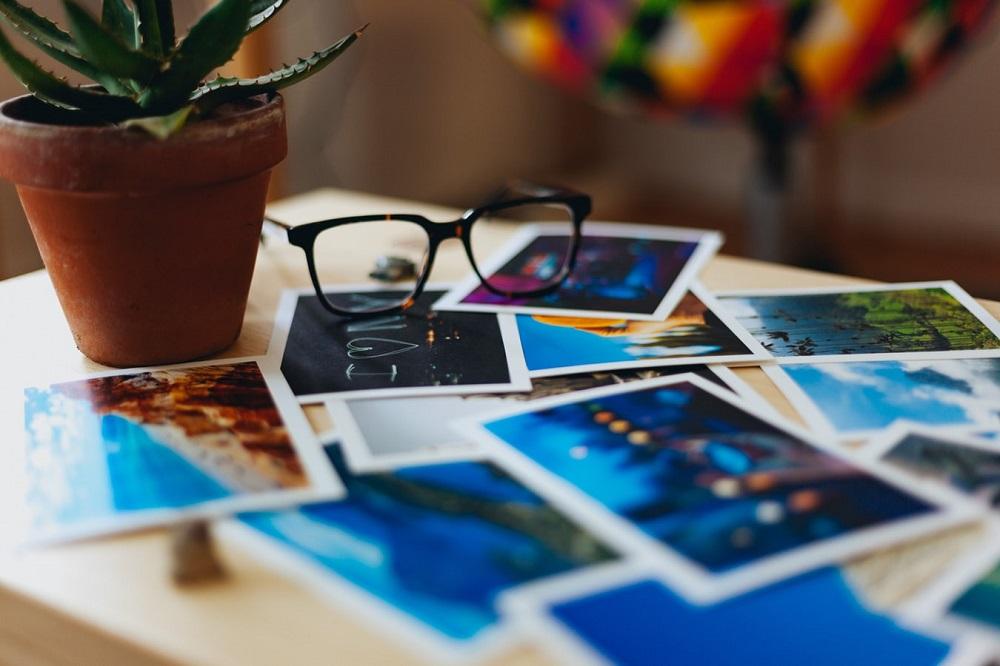Cum să-ți cumperi o cameră bună dacă habar n-ai despre fotografie?