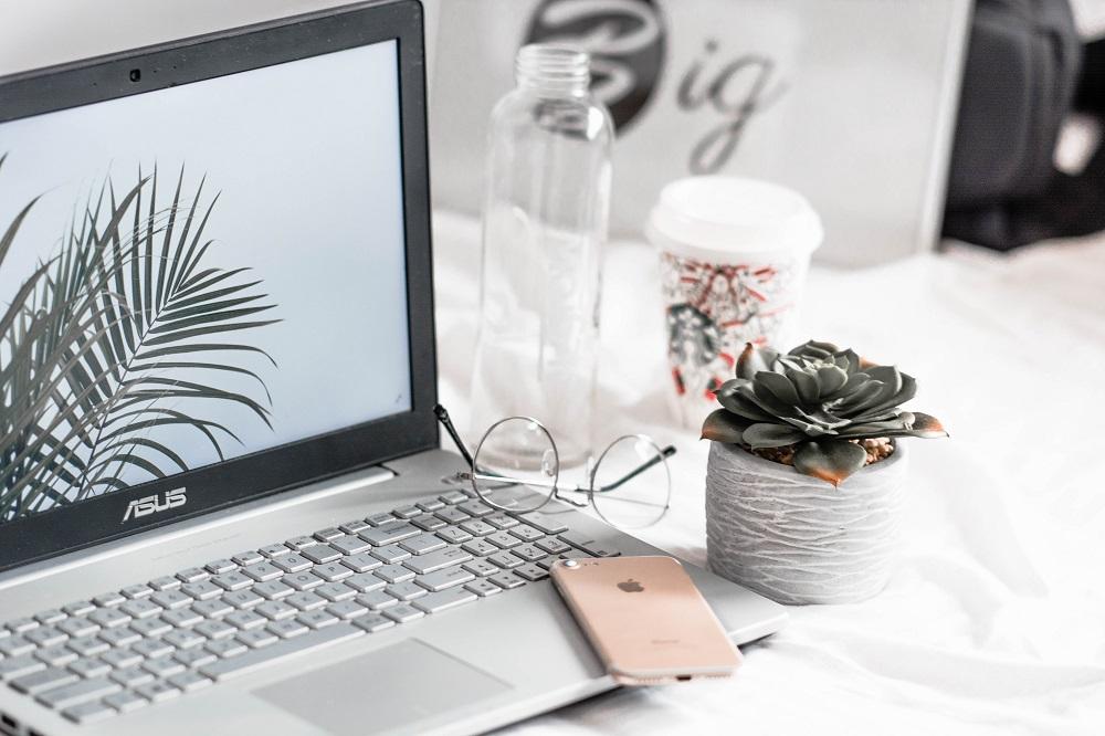 Cum să lucrezi de acasă? 10 Lucruri pe care le-am învățat în ultimul an